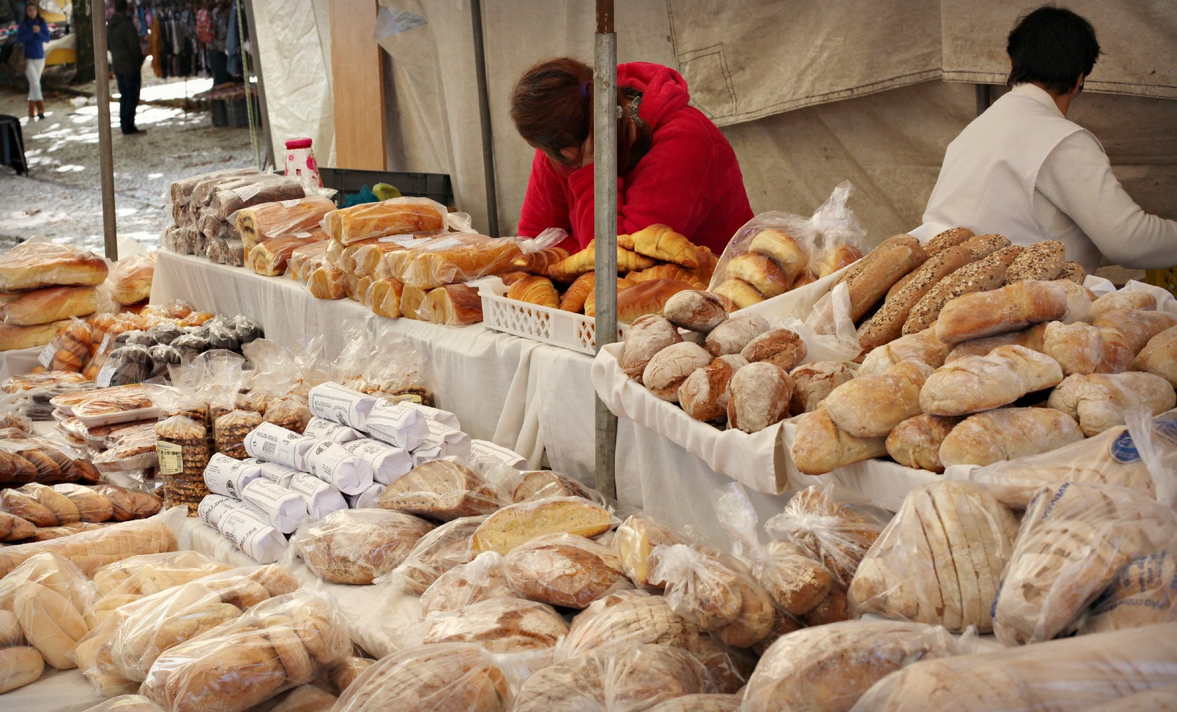 Market in Sintra / bread stand