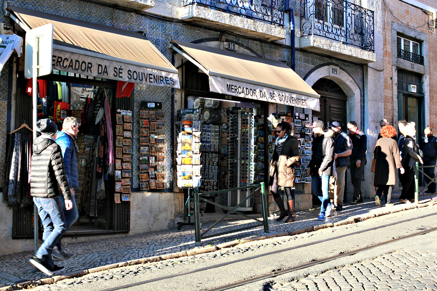 Souvenires shop in Alfama